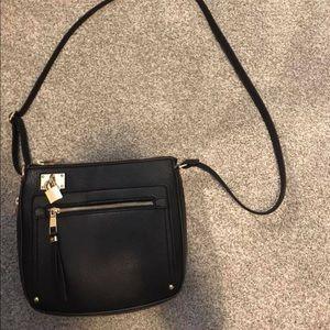 All black Aldo leather purse